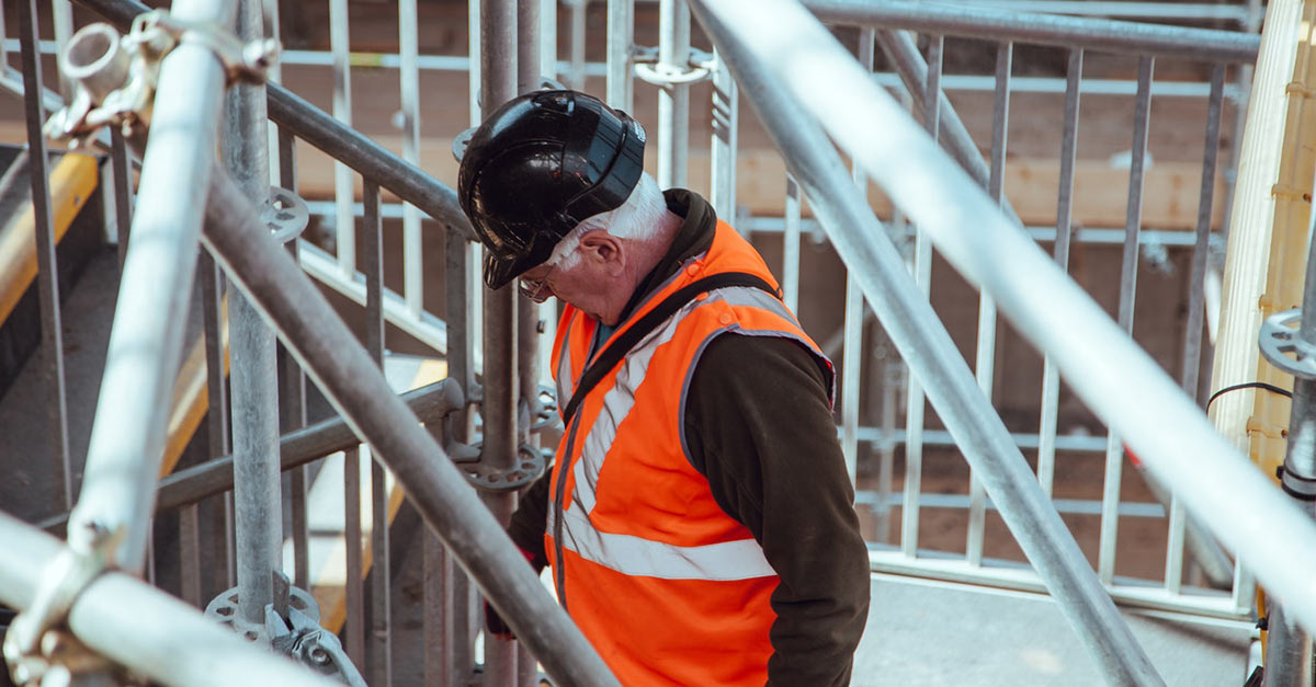how to manage multiple construction sites