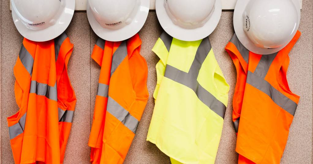 winter safety equipment for construction